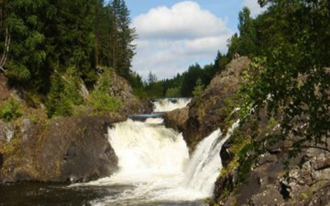 kivach waterfall panorama