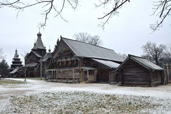 vitoslavlitsy museum in winter